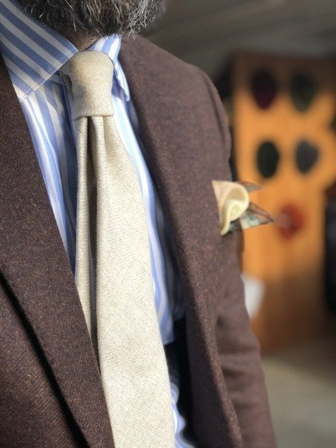 cream lambswool UNTIPPED TIE