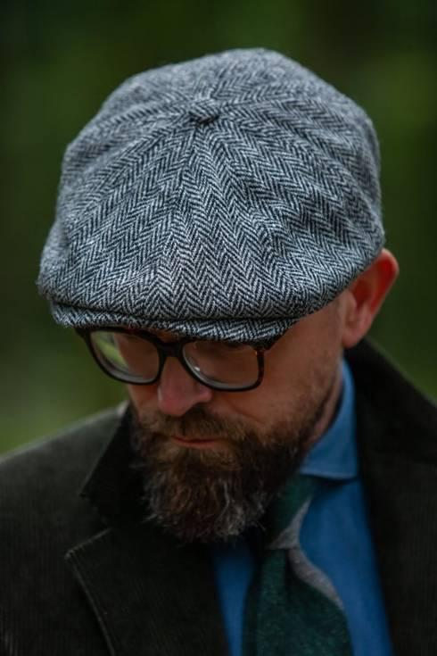 newsboy cap herringbone by harris tweed