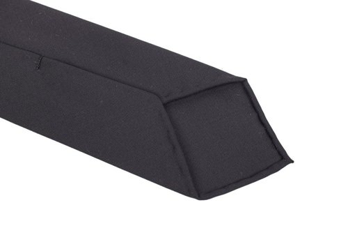 black woolen untipped tie