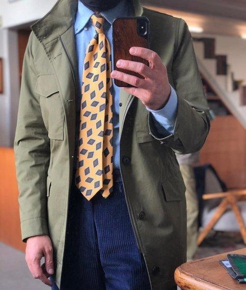Krawat z jedwabiu Macclesfield żółty w romby